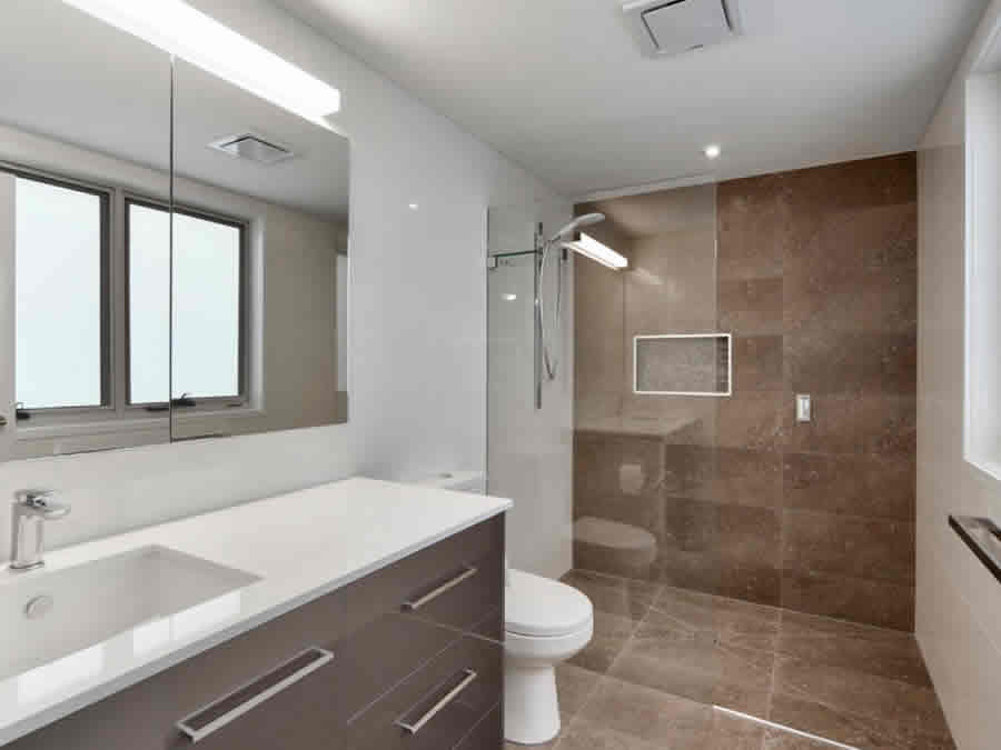 best bathroom installation company in Rossmore